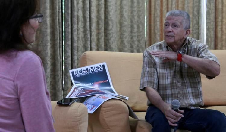 Comandante Aureliano Carbonell: La salida de Colombia es la paz