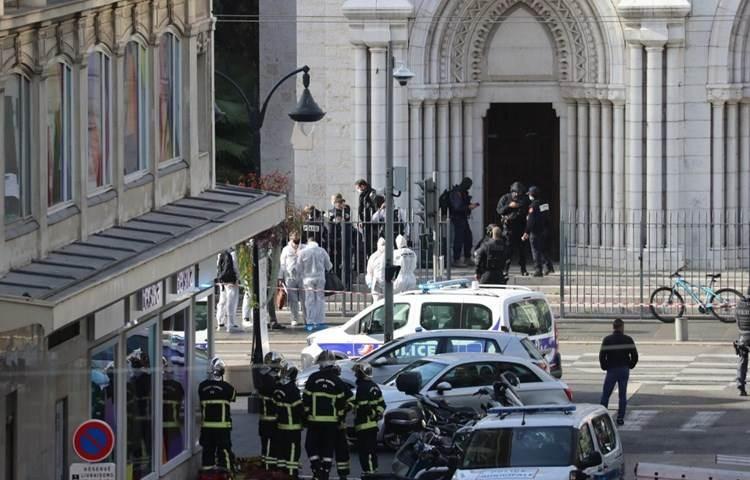 Al menos tres muertos y heridos por un ataque con cuchillo en una iglesia en Francia