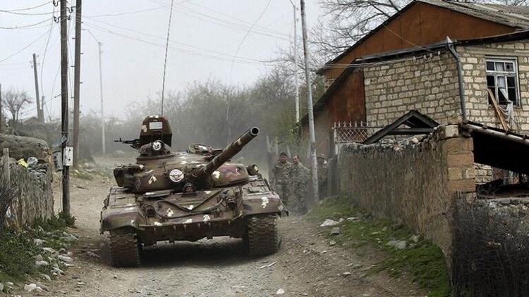 Continúan los combates en Nagorno-Karbaj.