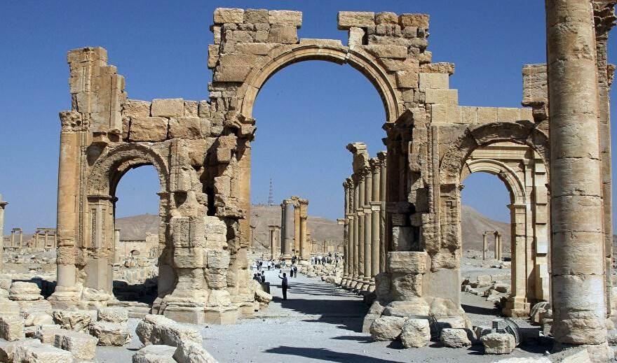 Rusia cooperará con Siria para restaurar el Arco del Triunfo en Palmira