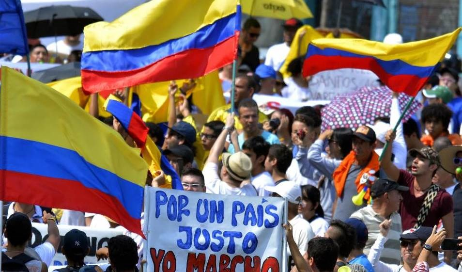 Paro Nacional reivindica en Colombia derecho a la paz y la vida