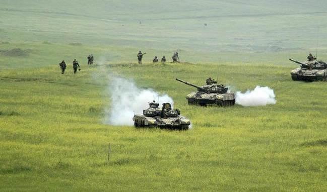 Bakú anuncia el control de 200 localidades en Nagorno Karabaj.