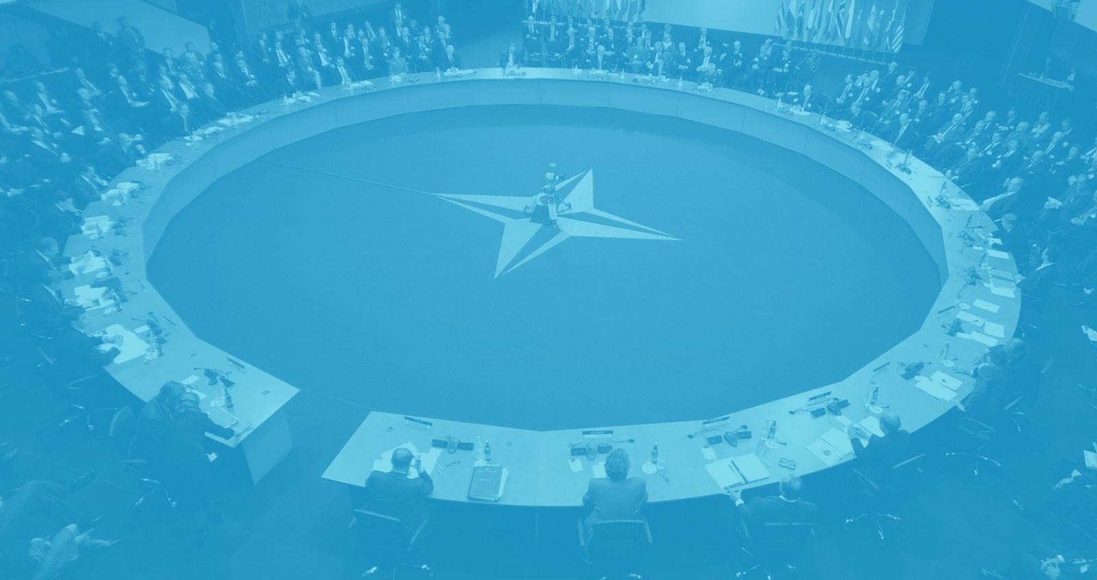 Alerta, más que nunca, alerta: Estados Unidos puede estar preparando algo mayor