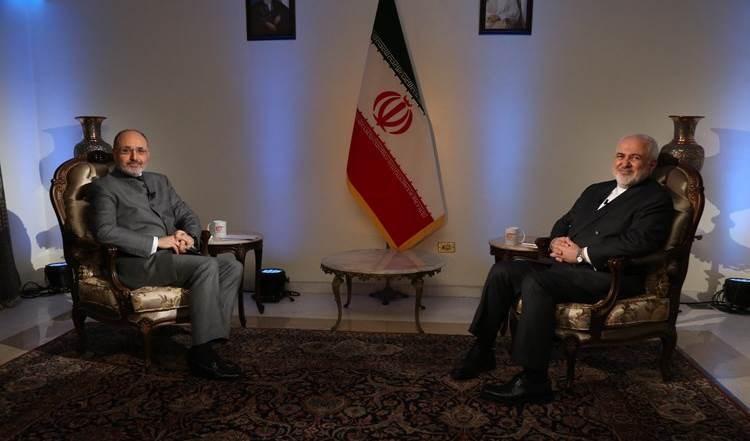 Ghassan Ben Jeddou, presidente del Consejo de Dirección del canal Al Mayadeen, entrevista al canciller iraní, Mohammad Javad Zarif.