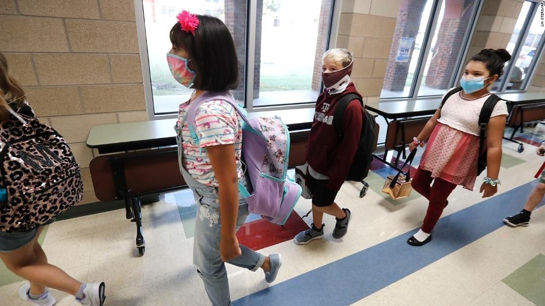 EE.UU. reporta cerca de 480 mil casos de niños con Covid-19.