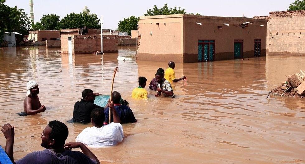 Más de cien personas mueren por las inundaciones en Sudán.