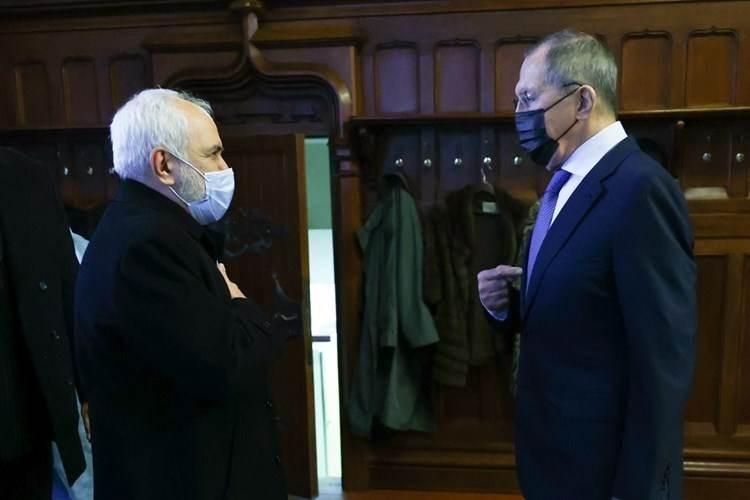 Lavrov: Moscú y Teherán están interesados en devolver el acuerdo nuclear (Foto: AFP)