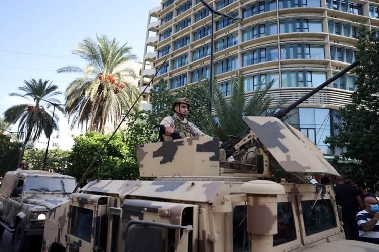 Tiroteo contra manifestantes pacíficos en Beirut.