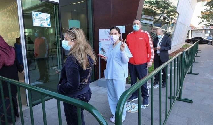 Banco Mundial amenaza con suspender fondos para campaña de vacunación contra la Covid-19 en El Líbano.