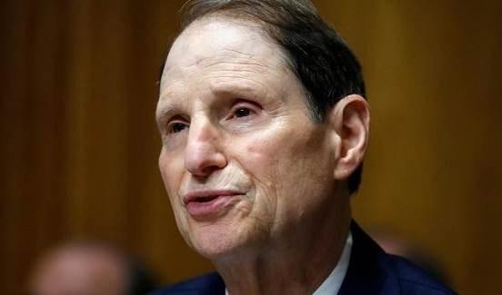 Ron Wyden, demócrata por Oregón y presidente del Comité de Finanzas del Senado. Foto: AP