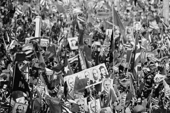 Acto en la Plaza de la Revolución por el 1er Congreso del Partido. Foto: Cubadebate