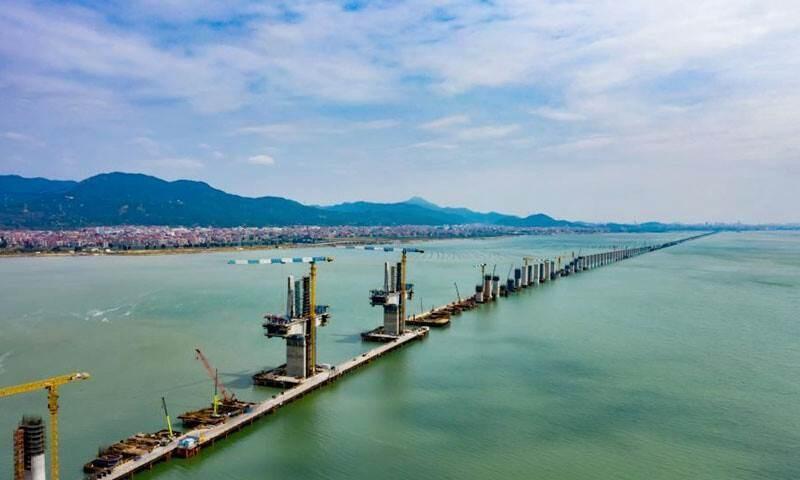 Primera línea de alta velocidad a través del mar de China (Foto: Xataka)