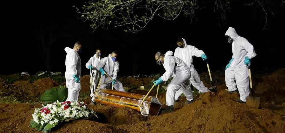 Brasil supera los 330 mil fallecidos por Covid-19. Foto: AP