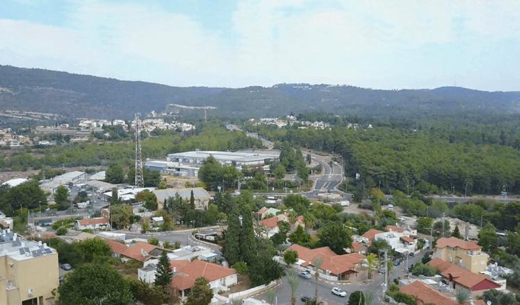 Cohetes lanzados desde El Líbano caen en el asentamiento de Shlomi, afirman medios israelíes.