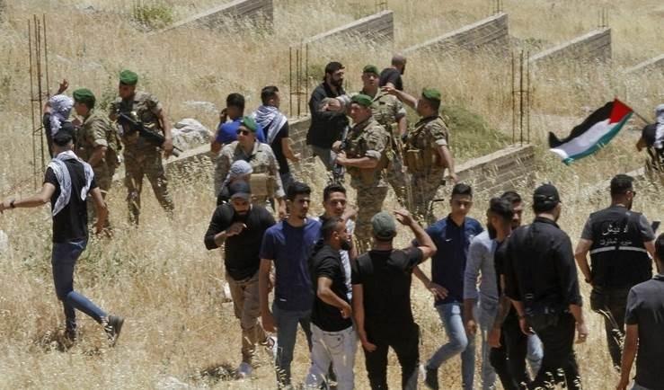 El Líbano: dron israelí lanza gases lacrimógenos contra manifestantes en Adaisseh.
