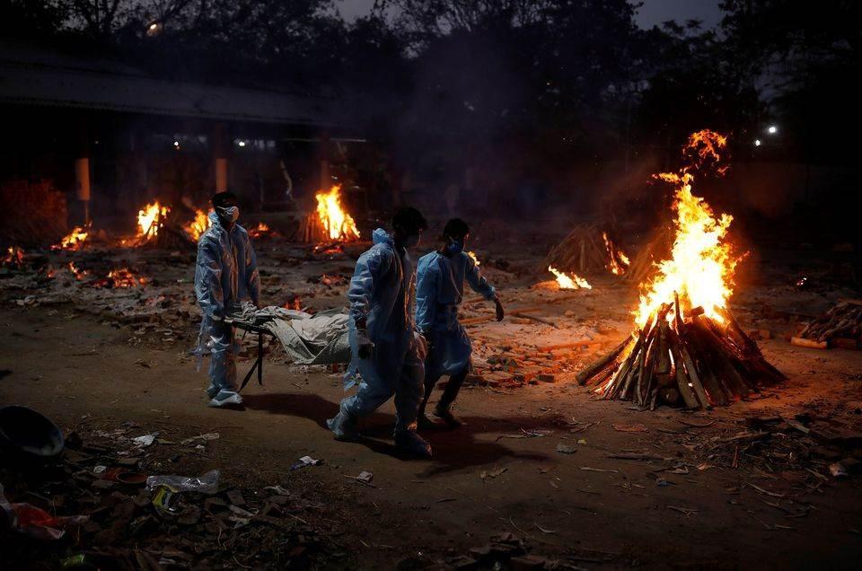 La India se queda sin camas ni oxígeno para atender enfermos de Covid-19
