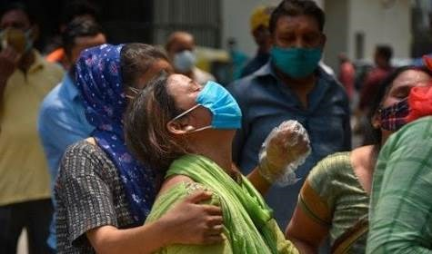 Supera la India los 20 millones de casos de Covid-19