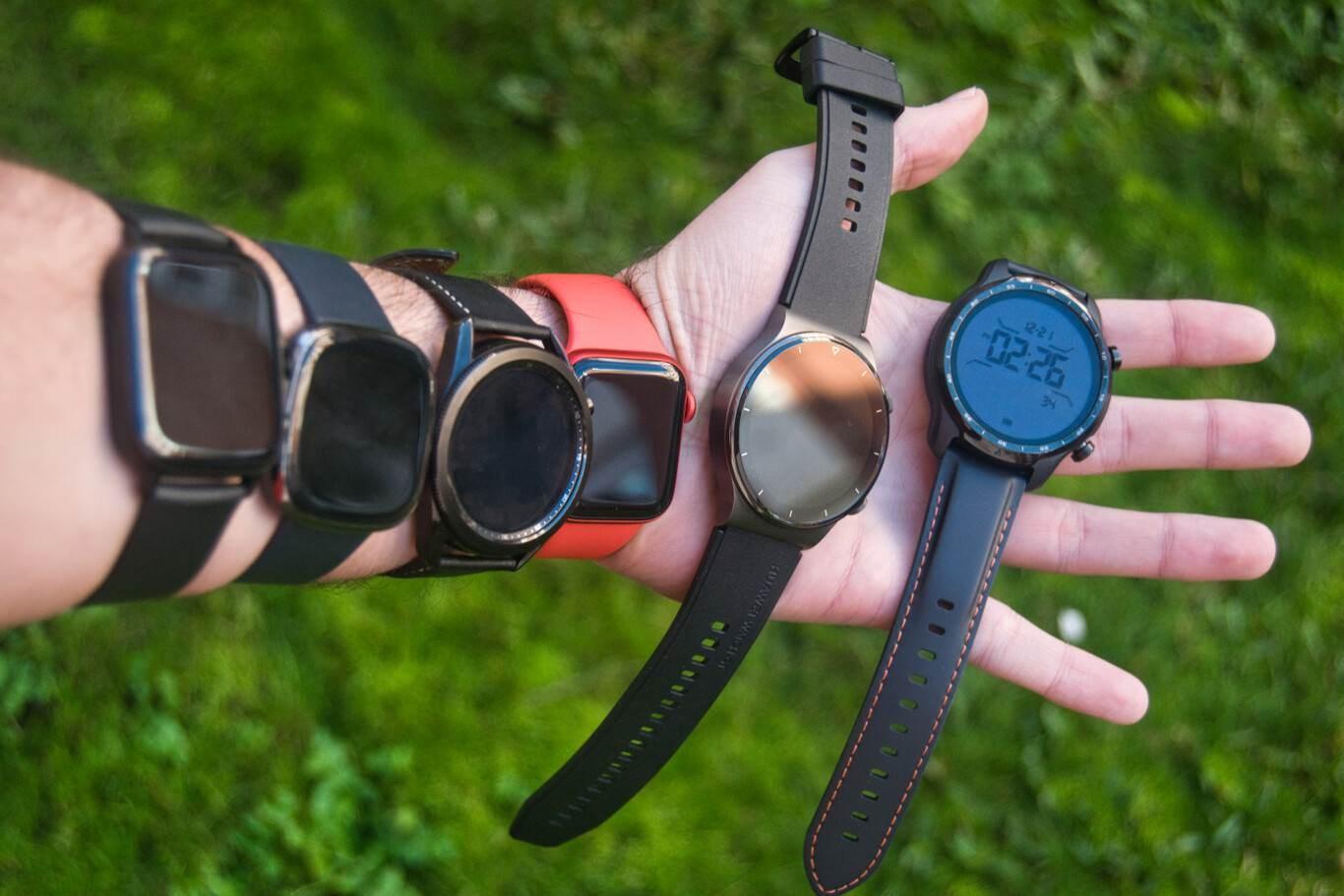 Con dos cámaras y pantalla desmontables: el nuevo reloj inteligente de Facebook