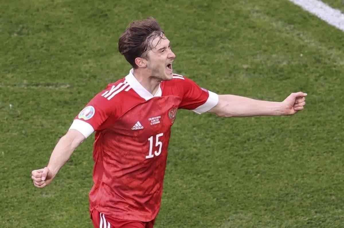 Rusia derrota a Finlandia y mantiene aspiraciones en Eurocopa 2020