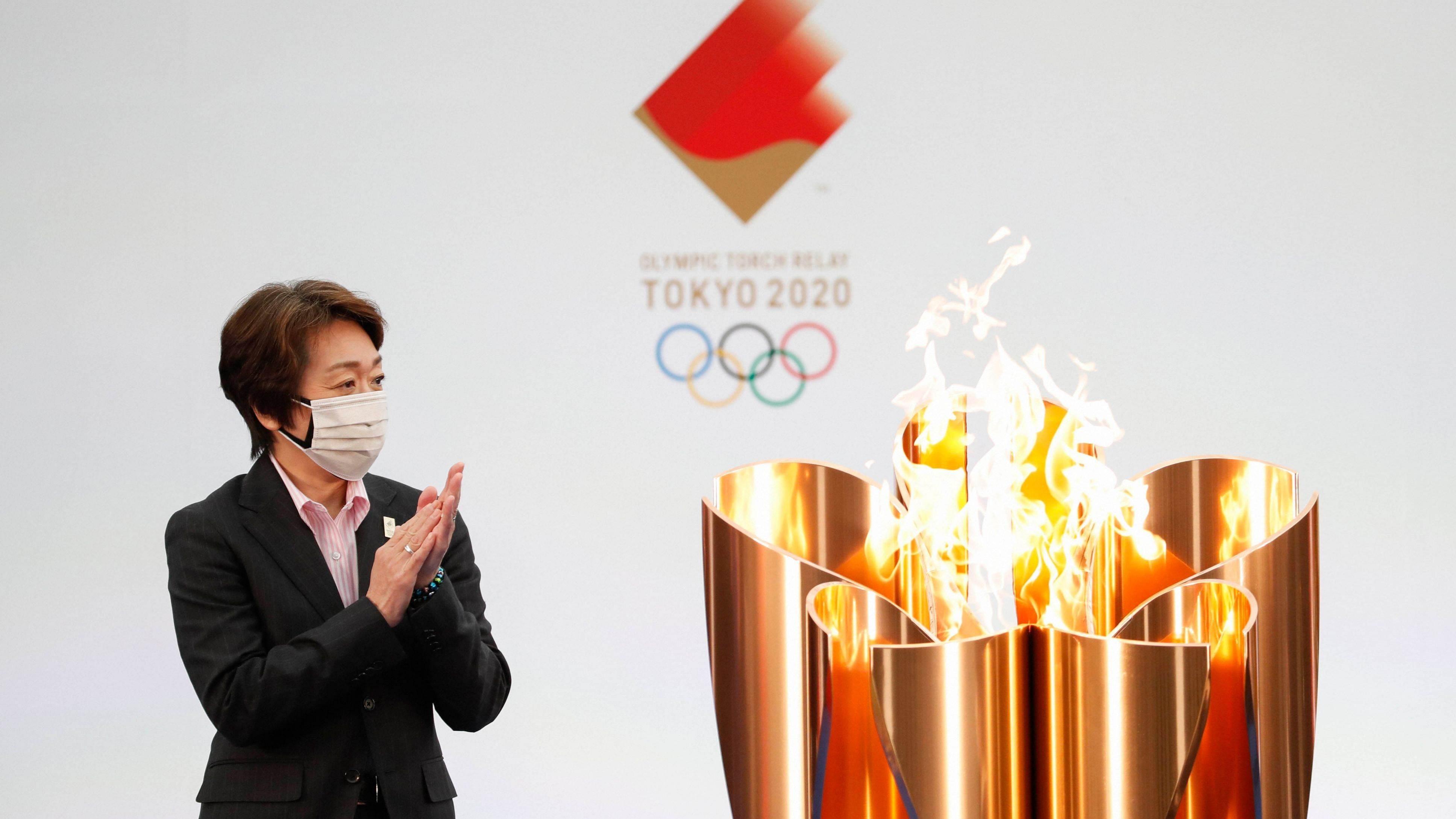Viaje entre llamas en el camino olímpico