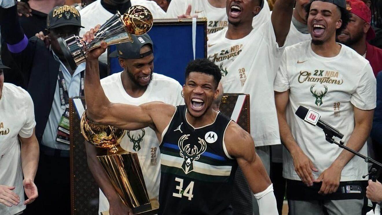 Giannis Antetokounmpo elegido MVP de Finales de la NBA