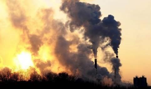 Agencia Internacional de Energía advierte sobre récord mundial de emisiones de CO2 en 2023