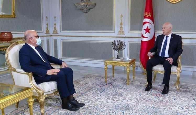 Saied critica desempeño del ministro de Salud tunecino frente al coronavirus.
