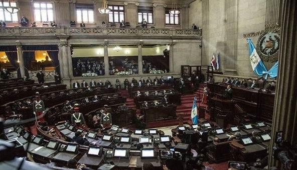 Aprueban en Guatemala ley de emergencia por la pandemia
