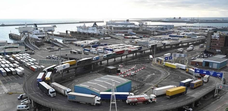 Pospuesto en Reino Unido introducción de controles aduaneros posBrexit