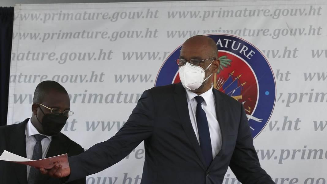 Destituido Bel-Ford Claude, fiscal de Haití